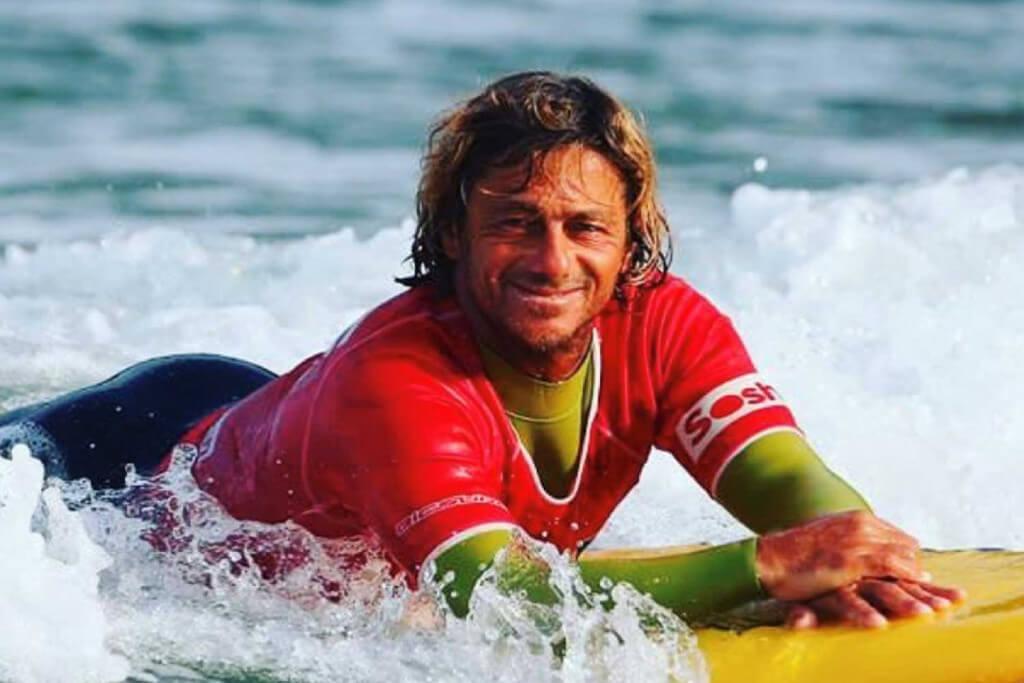 Manu - équipe de école de surf Hastea