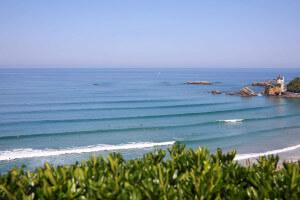 Surf à Biarritz / côte de basques - école de surf Hastea