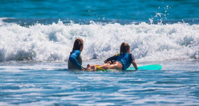 Initiation au surf pour enfants : les conseils de nos moniteurs